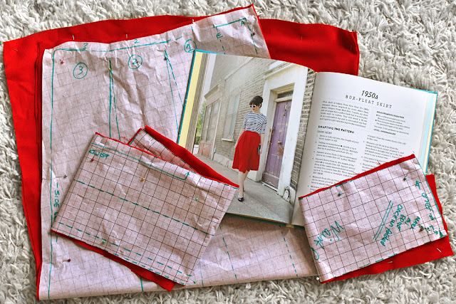 Wendy's Week - A Stegosaur & A Self Draft Skirt  - Sew Over it Box Pleat Skirt 1950's