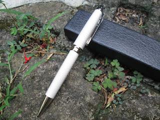 Pulpen Mewah Jinhao JH163 Metal White Silver Luxury Pen