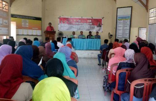 136 Orang Masyarakat Bontomatene, Terima Kartu Keluarga Sejahtera