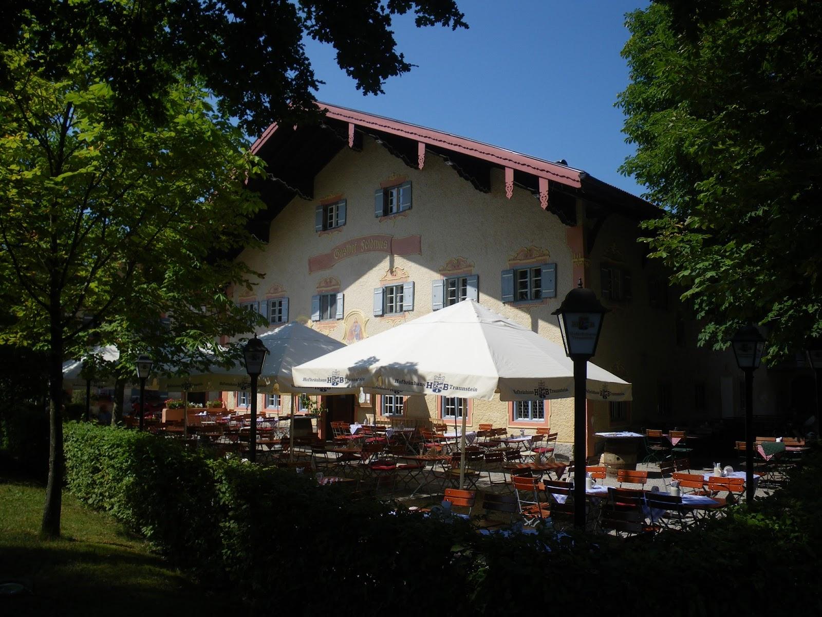 auswärts essen regensburg: Im Wirtshaus D\'Feldwies in Übersee am ...