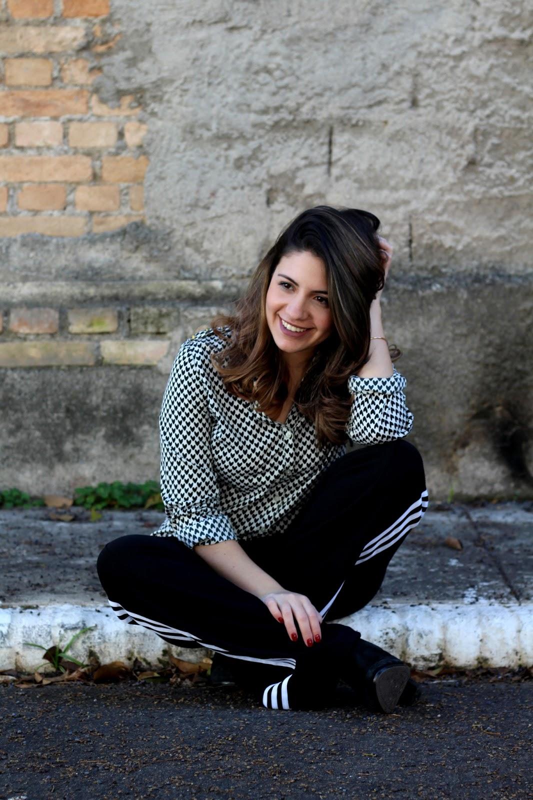 Look Ana do dia Calça Flare Adidas  Ana soares
