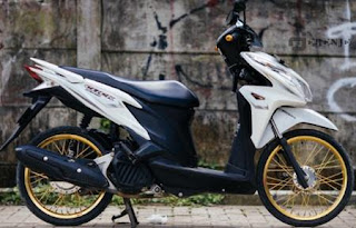 Modifikasi Honda Vario 150 eSP Velg Jari Jari Ring 17