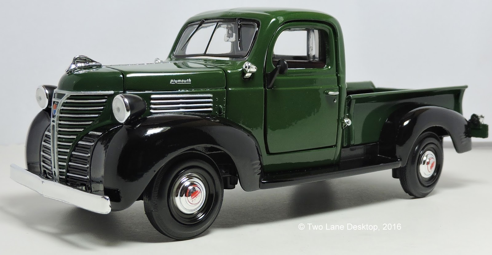 Motormax 124 1941 Plymouth Pickup Two Lane Desktop Cars For Sale This However Is One Of The Earlier Castings And Has Lots Detail It Still Being Sold