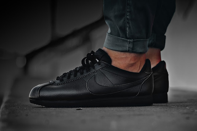 Nike Cortez Triple Black