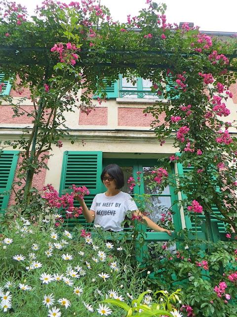Monet's House, Exterior
