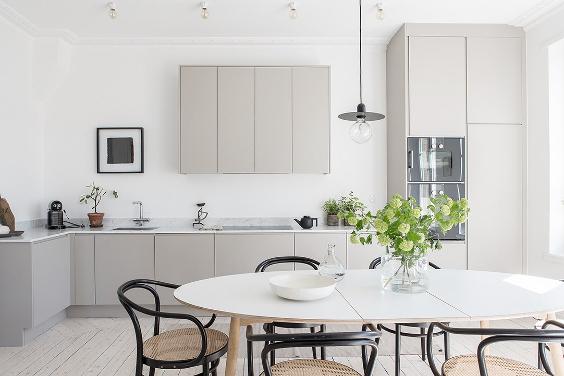 greige and black details 39 decoration trending d 39 int rieur aix en. Black Bedroom Furniture Sets. Home Design Ideas