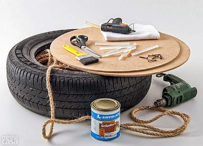 banco o sillón hecho con cuerda y una llanta reciclada.