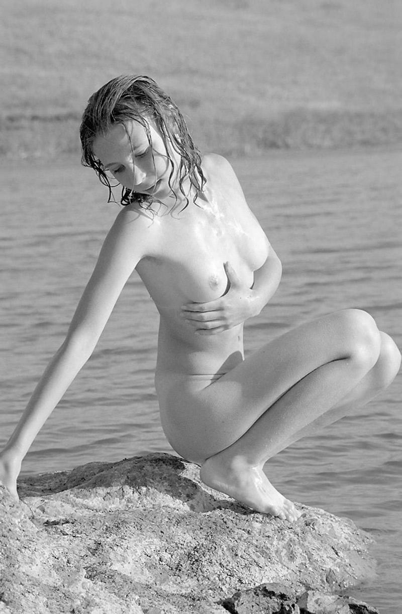 escort ung nakna bröst bilder