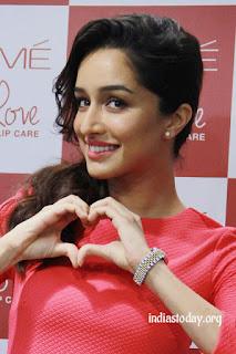Shraddha Kapoor looks lovely.