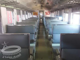 interior gerbong kelas 2