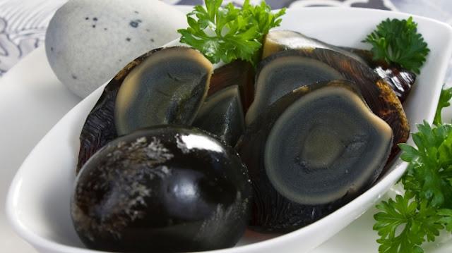 7 Makanan Aneh Dunia Yang Bikin Kamu Melongo