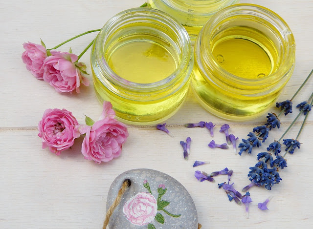 Castor Oil For Acne Scars, Castor Oil Acne Scars, Is Castor Oil Good For Acne Scars, How To Use Castor Oil For Acne Scars, Castor Oil And Acne Scars, How To Get Rid Of Acne Scars, How To Get Rid Of Acne Scars Fast, Home Remedies For Acne Scars, Acne Scars Treatment,
