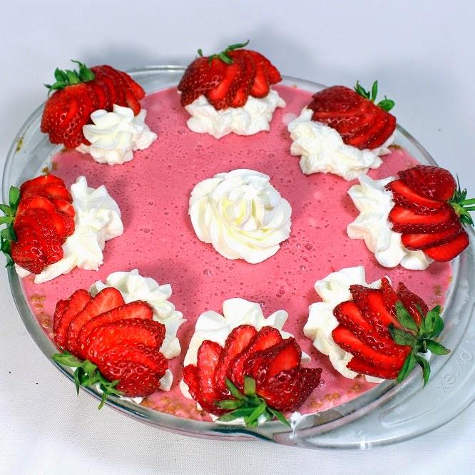 52 Ways To Cook: Strawberry Lemonade Pie (Frozen)