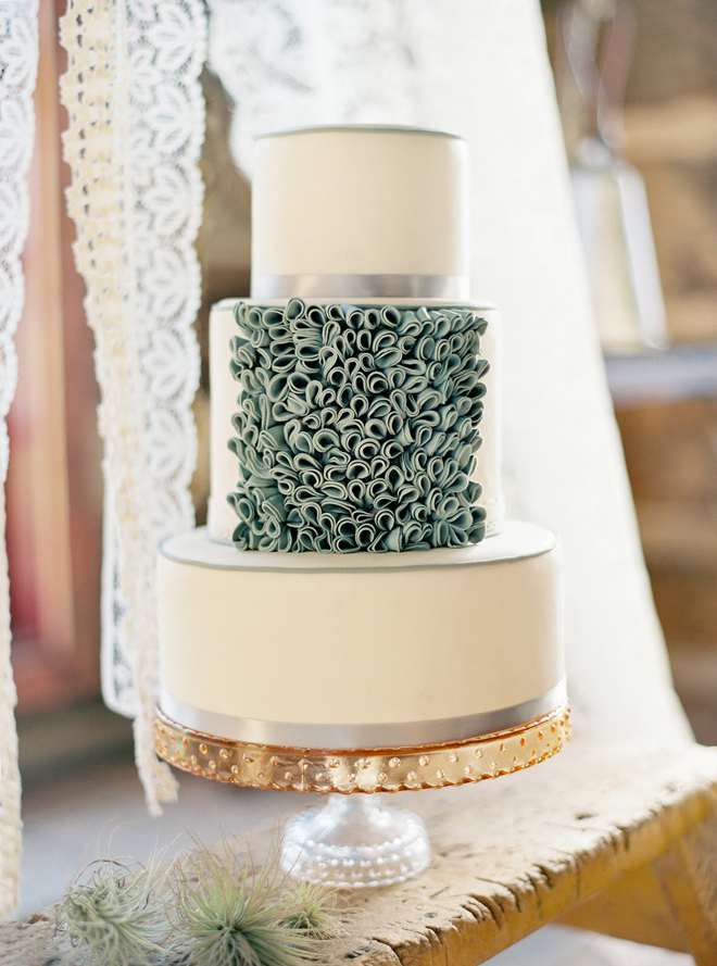 outrageous wedding cakes part 2 glamorous wedding cakes part 2 the magazine 18092