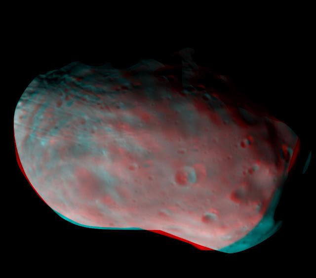 ExoMars orbiter images Phobos
