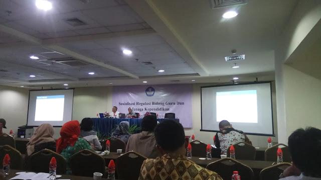Kumpulan Materi Sosialisasi Regulasi Bidang Guru dan Tenaga Kependidikan Tahun 2018