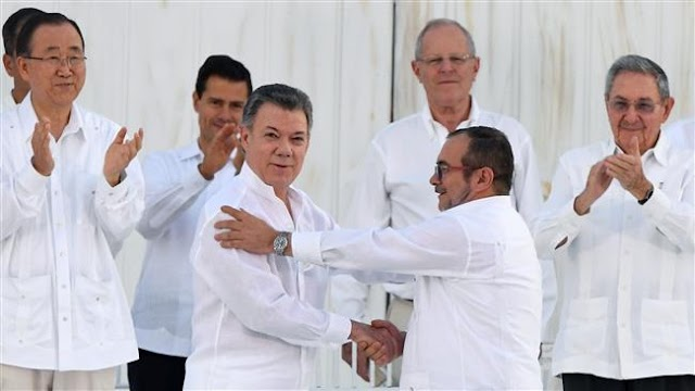 Colombian congress passes FARC amnesty law under peace deal