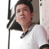 Lirik dan Terjemahan Lagu Harry Parintang - Bayang Mamanciang Tangih
