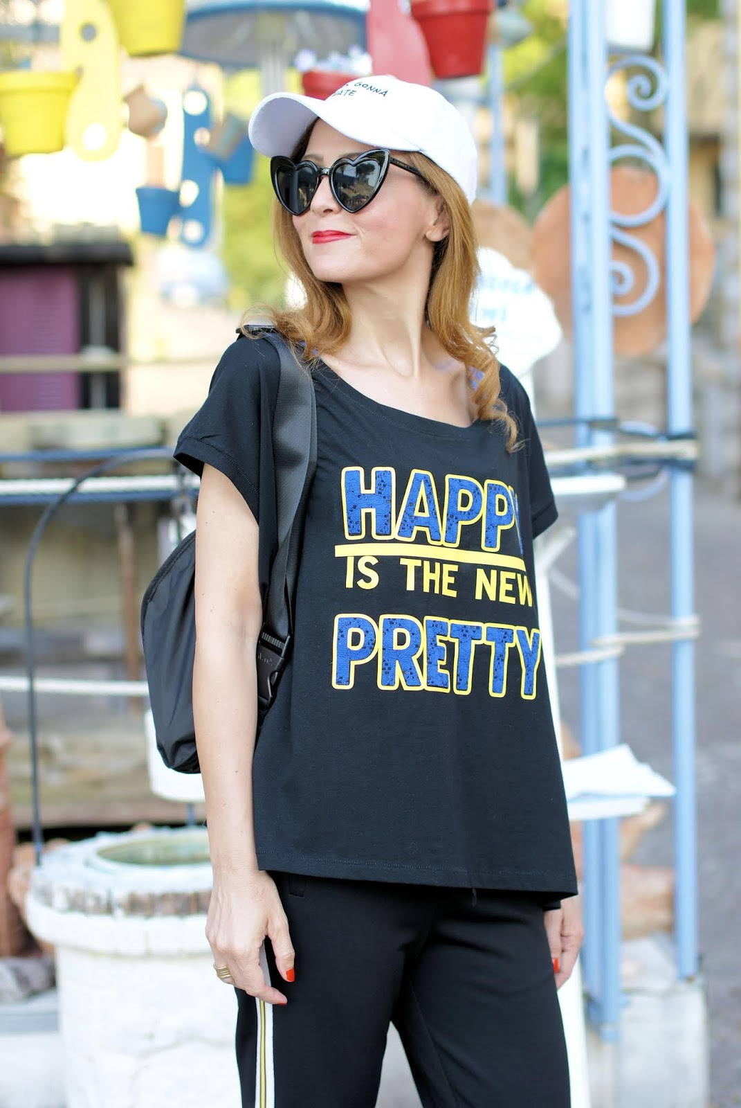 Happy is the new Pretty: my Teetopia tee with casual sporty outfit on Fashion and Cookies fashion blog, fashion blogger style