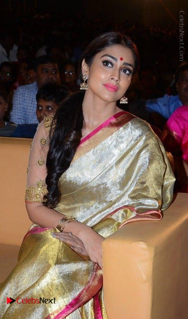 Shriya Saran New Images in Silk Saree at Gautamiputra Satakarni Audio Launch