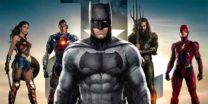Justice League : Closer Look At The League Suits.