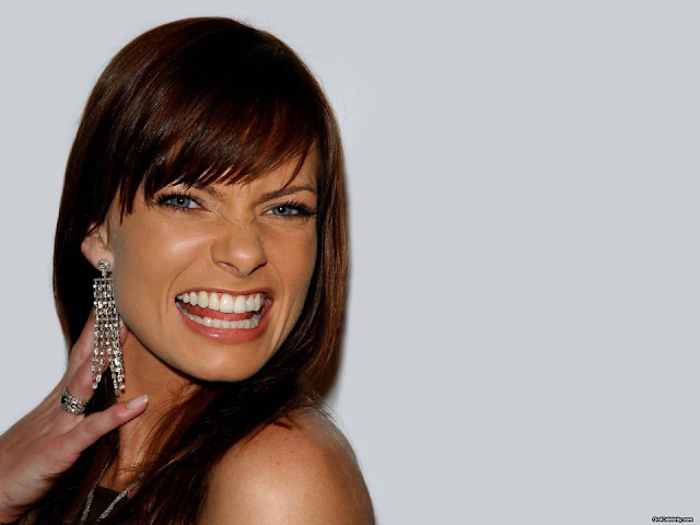 Simran Name Cute Wallpaper Jaime Pressly Hot Hd Wallpapers High Resolution Pictures