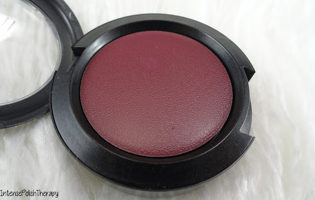 Mac Cosmetics - Blind Score
