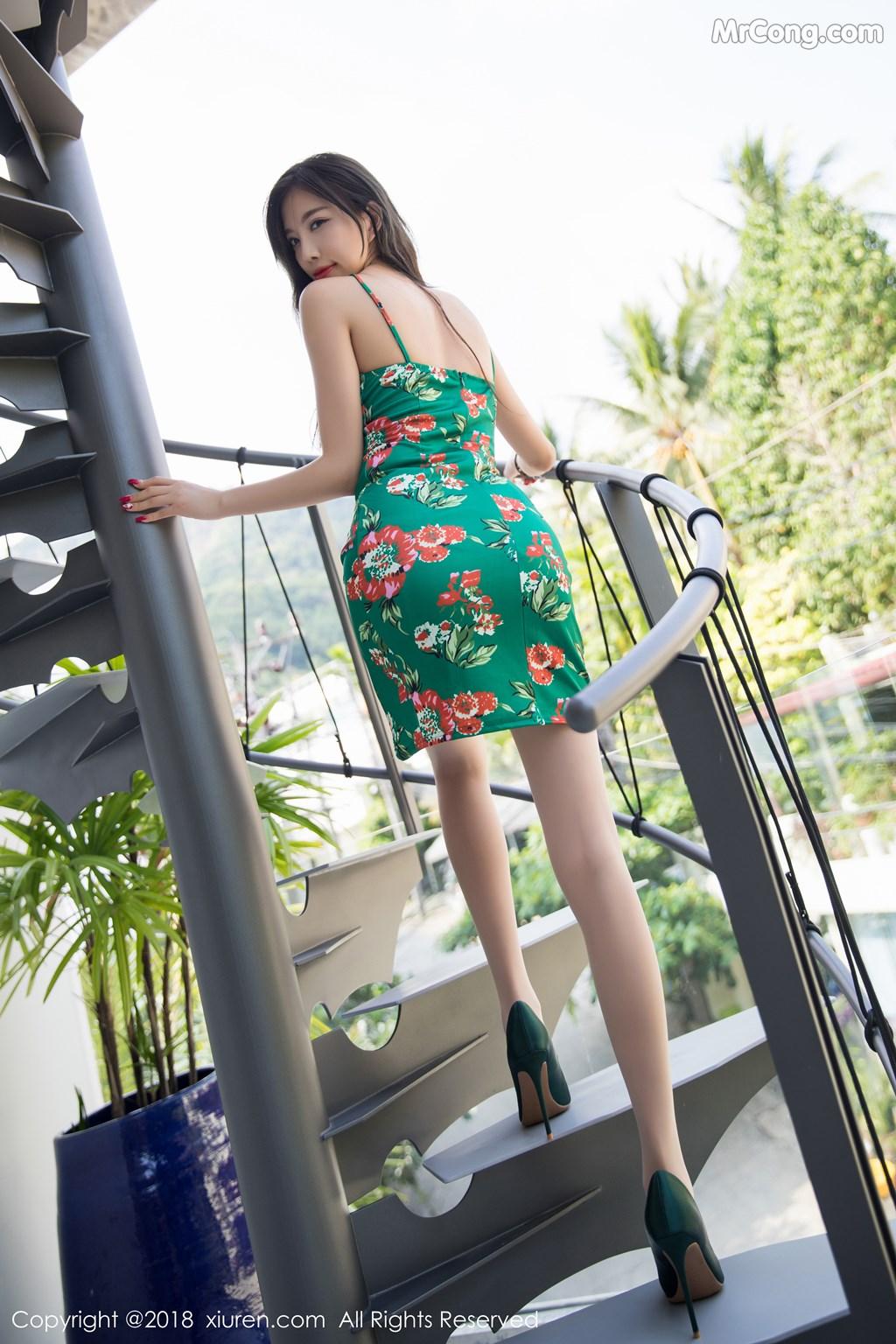 Image XIUREN-No.1196-Yang-Chen-Chen-sugar-MrCong.com-008 in post XIUREN No.1196: Người mẫu Yang Chen Chen (杨晨晨sugar) (53 ảnh)