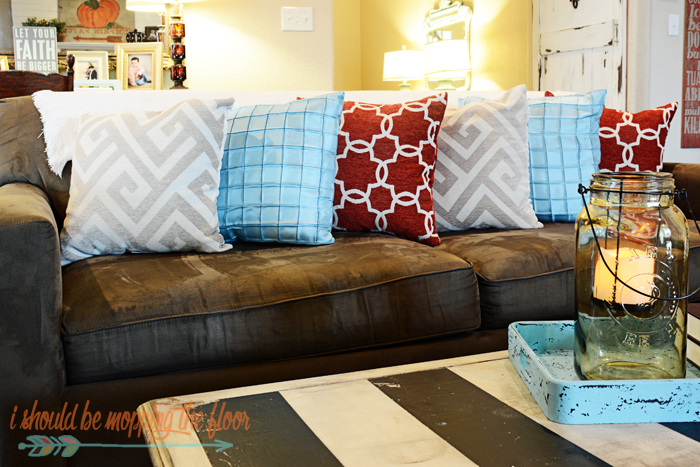 Living Room Mini Makeover | Simple changes give this room an up-to-date eclectic feel