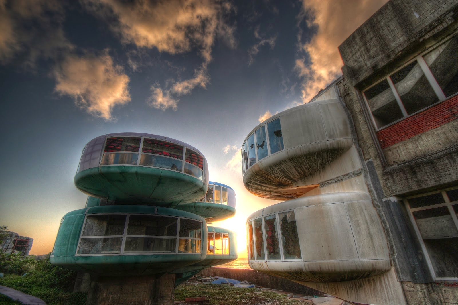 Ten Haunted Abandoned Houses In The World | San Zhi UFO Houses, Taiwan