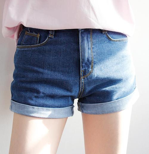 Rolled Cuffs Denim Shorts