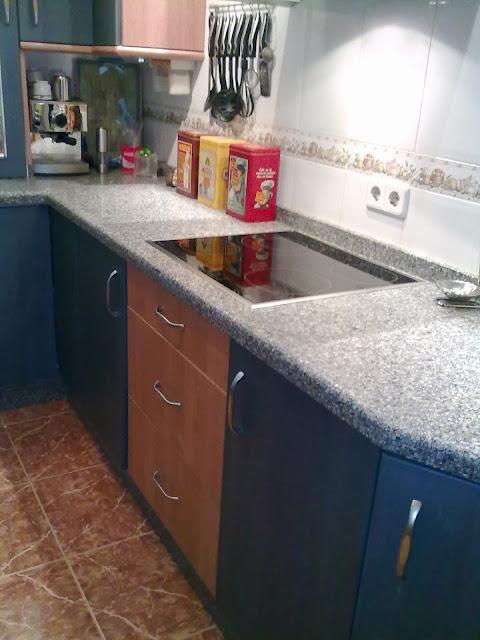 Disenyoss decoracion antes y despues de una cocina - Cocinas azul tierra ...