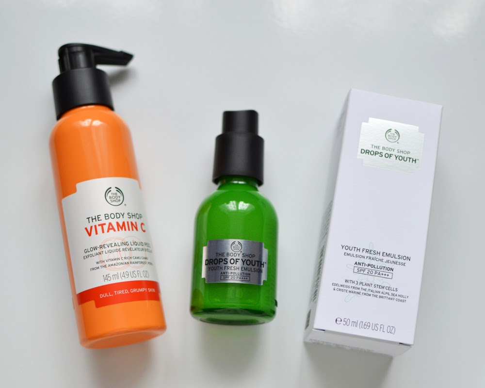 The Body Shop Vitamin C & Drops of Youth Skincare