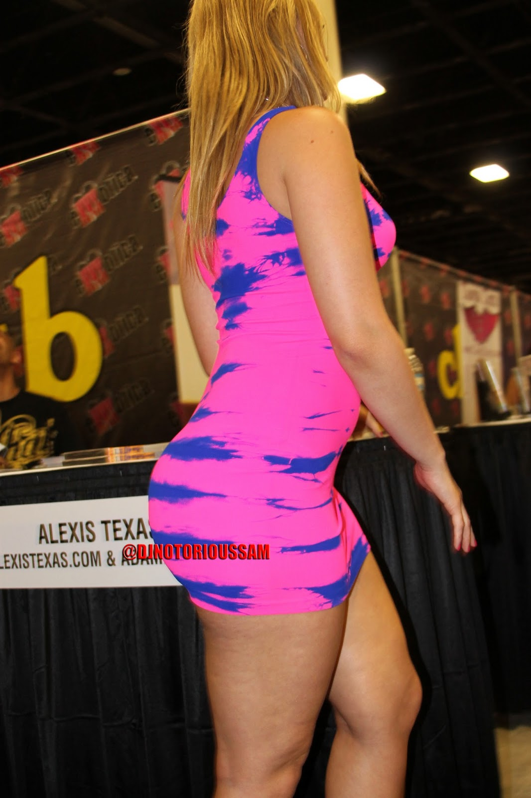 Cookin it up with alexis texas