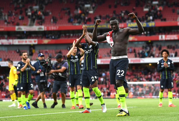 Mendy, Bernardo silva, Fernadinho, John stones, Sane celebrate Manchester city win at Arsenal