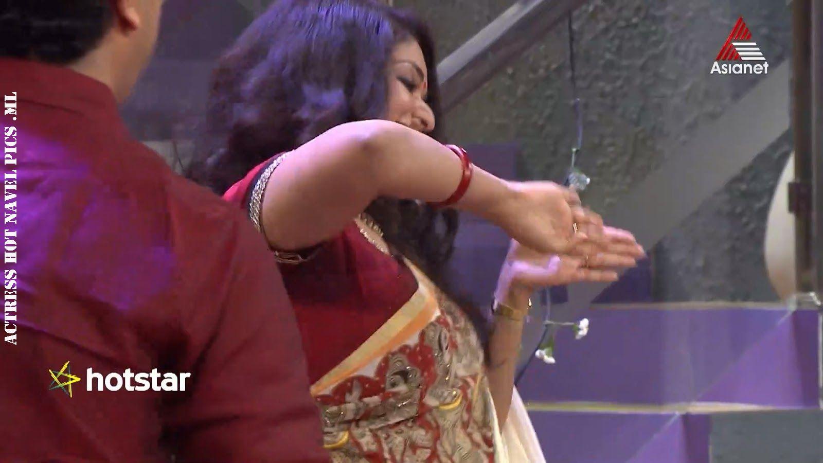 Hot Actress Photos And Stills: Hot Actress Kavya madhavan