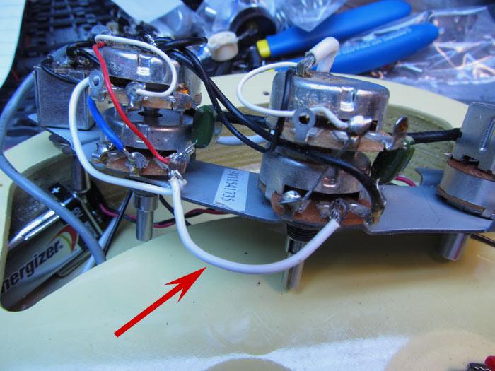 Danelectro Series Parallel Pickup Switch Crawls Backward ... on