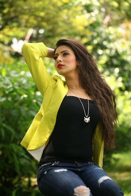 Short Dress Bidya Sinha Mim