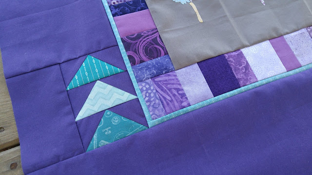 feather round robin quilt