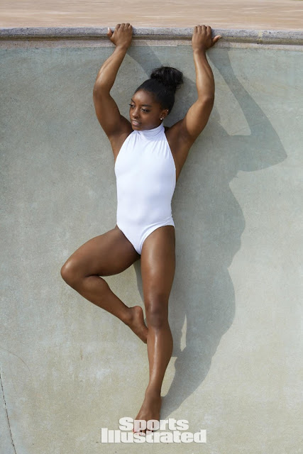 Η Simone Biles στο Sports Illustrated