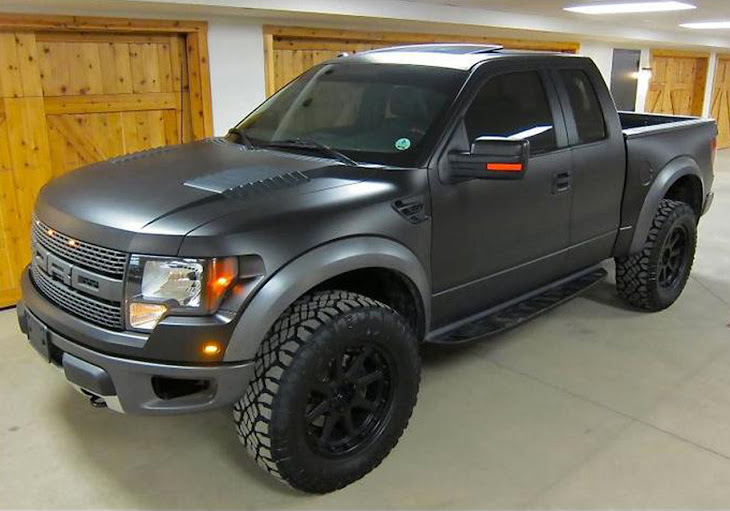 Look At the Car: 2013 Ford F150 SVT Raptor