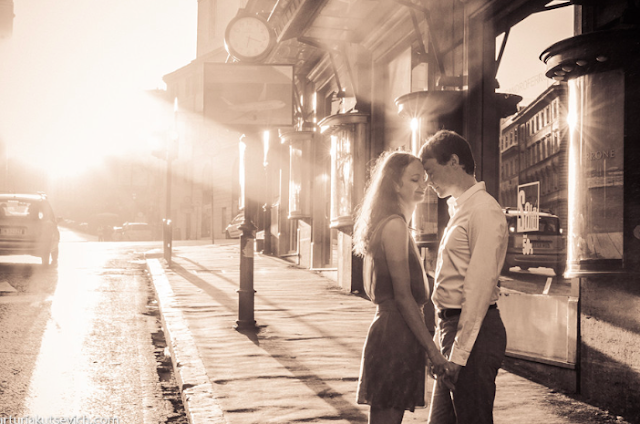 love couple rome italy