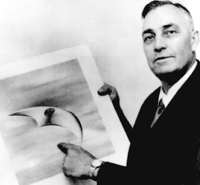This Day In UFO History, June 24, 1947 Kenneth Arnold UFO Sighting Took Place Kenneth%2BArnold%252C%2BMoon%252C%2Bsun%252C%2BAztec%252C%2BMayan%252C%2BWarrier%252C%2Bfight%252C%2Btime%252C%2Btravel%252C%2Btraveler%252C%2BLas%2BVegas%252C%2BUFO%252C%2BUFOs%252C%2Bsighting%252C%2Bsightings%252C%2Balien%252C%2Baliens%252C%2BET%252C%2Bspace%252C%2Btech%252C%2BDARPA%252Cgod%252C%2B1