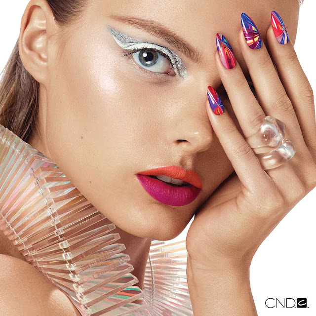 Top Line Nail&Make-up Expert