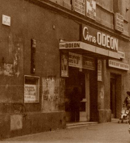 Entrada principal del cine Odeón en 1929
