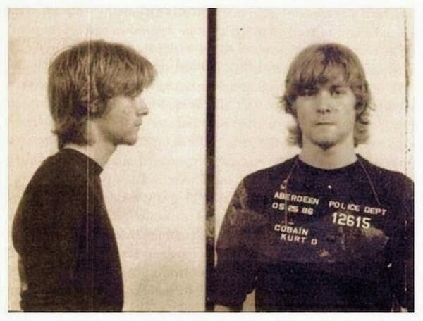 64 Historical Pictures you most likely haven't seen before. # 8 is a bit disturbing! - Kurt Cobain being Arrested
