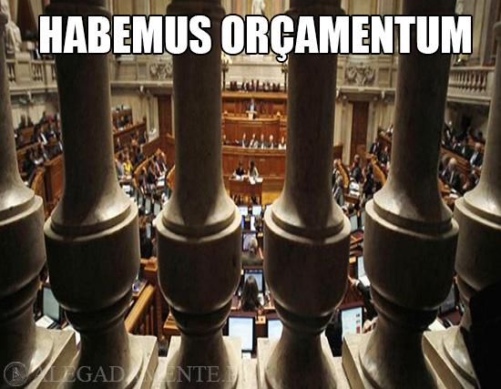 Alegadamente: Imagem da Assembleia da República – Habemus Orçamentum