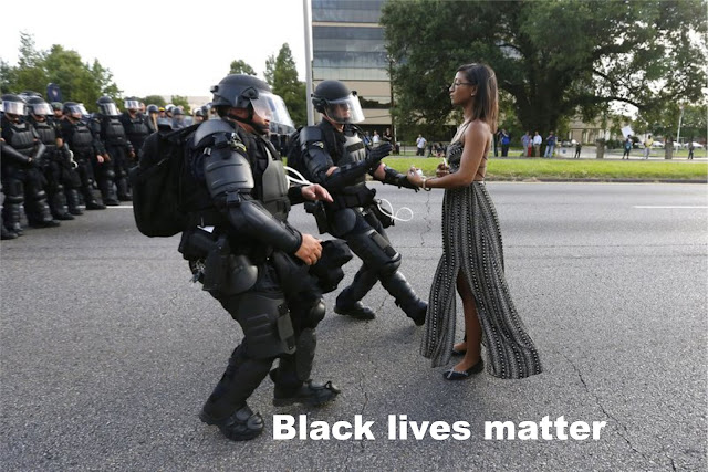 https://3.bp.blogspot.com/-qXlVg9QYAHo/V4eSYkDIPCI/AAAAAAAAIaw/2bPvGDa8DeIKS_-5mR1bueiIXRV-Ki4eQCLcB/s1600/%2523BlackLivesMatter.%2BLying-down%2Bprotest.%2B%25231ab.jpg?SSImageQuality=Full
