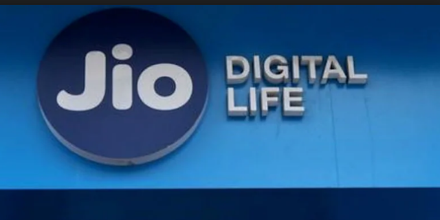 Reliance Jio every day offer|Reliance Jio 'Celebration Pack' extra 2GB data every day offer now available