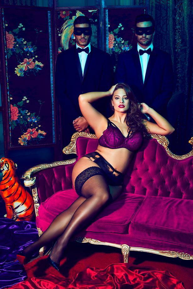 Ashley-Graham-models-new-lingerie-collection-for-Addition-Elle